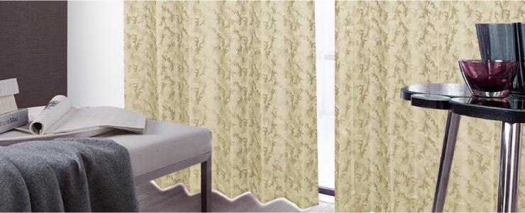 遮光2級カーテンの使用例